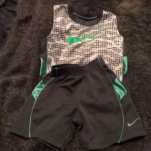 3T Boys Nike set